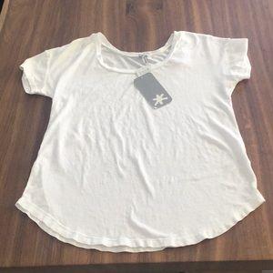 🆕 Splendid White Supima Cotton T-Shirt Medium